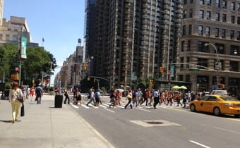 5th Avenue, July 18, 2013,  2 pm, 99ºF.